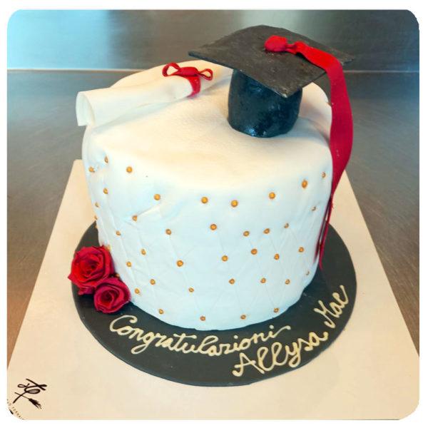 torta-di-laurea-personalizzata